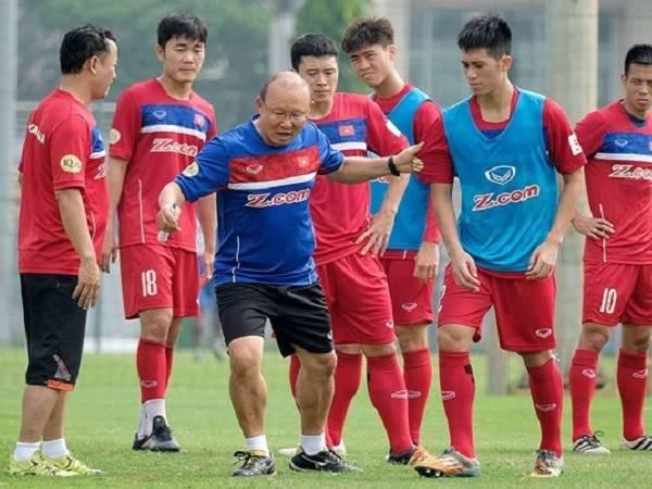 Bóng đá trong nước 1/2: HLV Park Hang Seo kiểm tra các học trò cũ