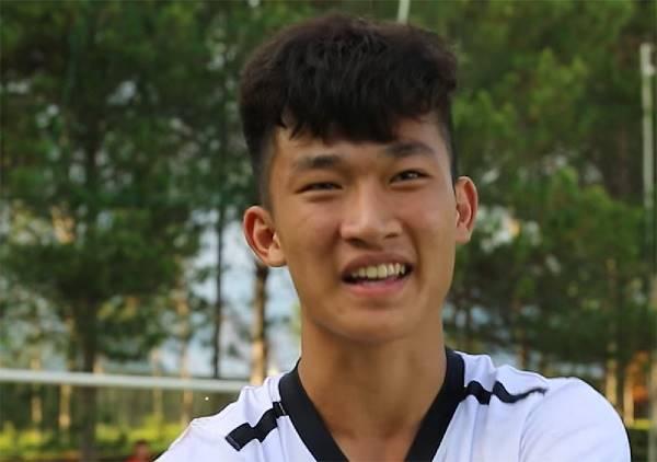Bóng đá trong nước 25/3:  'Truyền nhân của Văn Toàn' mơ khoác áo HAGL đá V.League