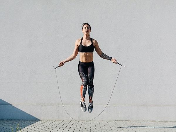 Những lợi ích của nhảy dây đối với sức khỏe